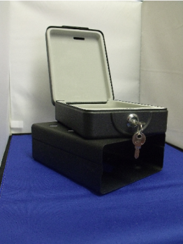 Portable safe box
